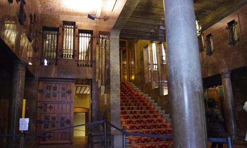 ガウディ建築のグエル邸を見て来た感想 in バルセロナ