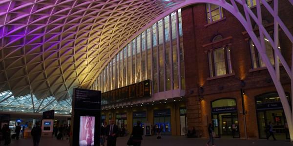 とてもきれいなキングス・クロス駅へ行って来た in ロンドン