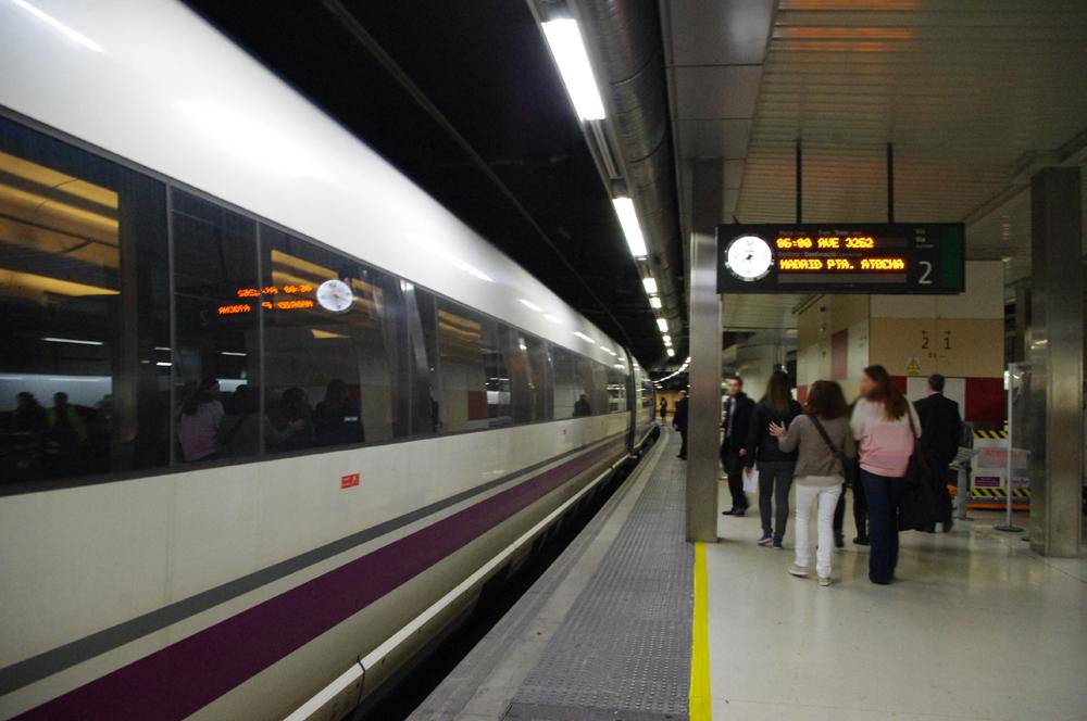 Barcelona-Sants-railway-station1