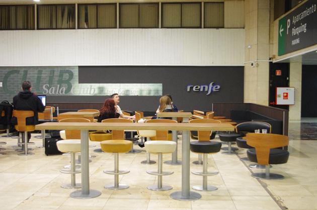 Barcelona-Sants-railway-station3
