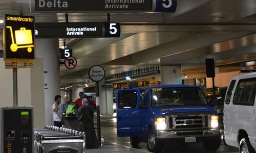 LAX空港からホテルまでの移動について in ロサンゼルス