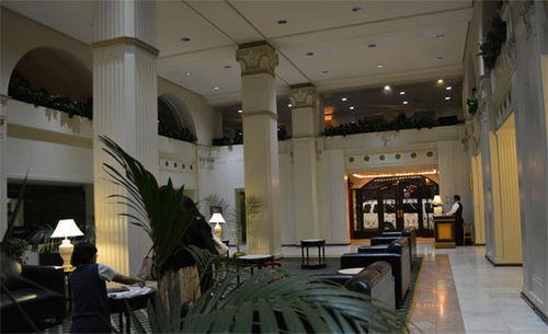 MAYFAIR_HOTEL_1