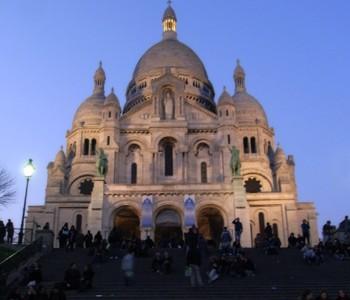モンマルトルの丘のサクレクール寺院へ行って来た in パリ