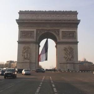 パリで凱旋門までお散歩してきた in フランス