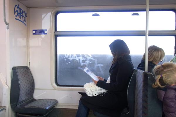 パリ 電車