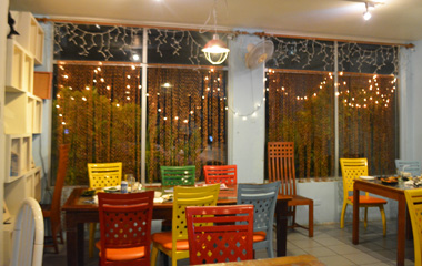 Grotto_restaurant_2