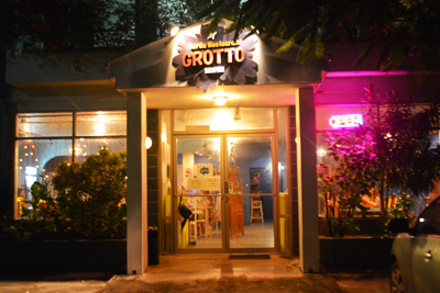 Grotto_restaurant_8
