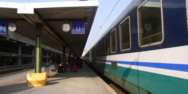 フィレンツェからパリへ寝台列車で移動してきた!