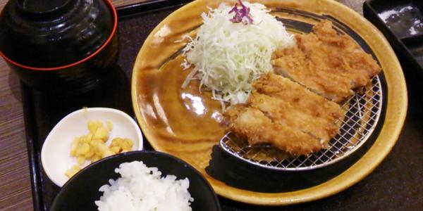 セブで美味しい日本食とんかつを食べてきた at AYALA mall