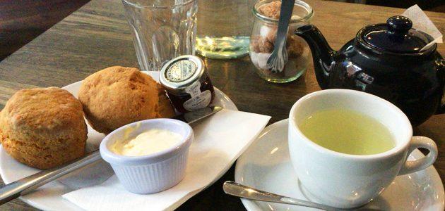 Bea'sカフェでクリームティーを楽しんできた! at ロンドン