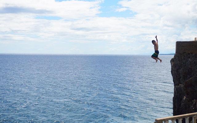 Buho Rock 飛び込み