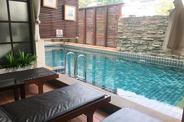 Kampaeng Ngam Hotel プール
